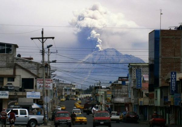 Vulkan-Tungurahua-Ecuador