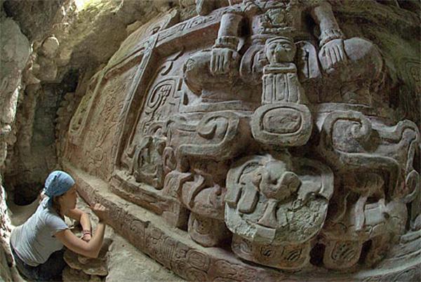 maya-guatemala-holmul1
