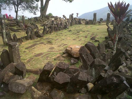 pyramide-indonesien2