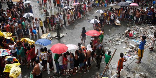 hilfslieferungen_philippinen_taifun_haiyan