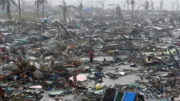 verwuestung-sturm-haiyan