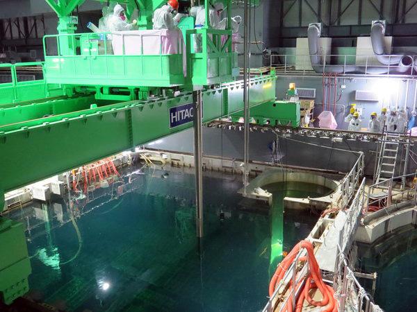 fukushima-abkuehlbecken-brennstaebe