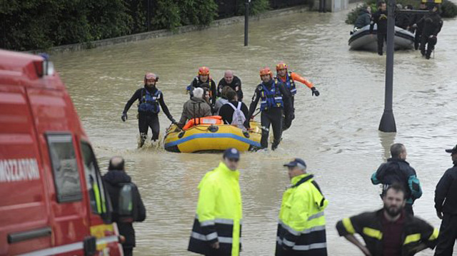 ueberschwemmungen-italien