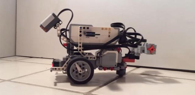 roboter-wurm-gehirn