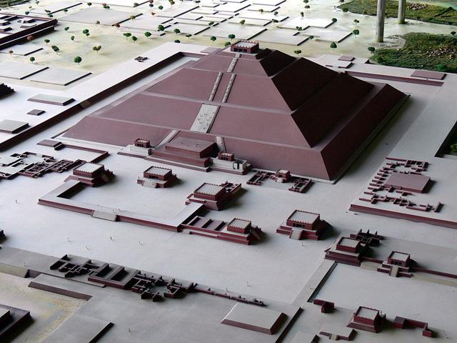 titelbild-sonnenpyramide