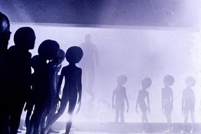 aliens-gross-intelligent