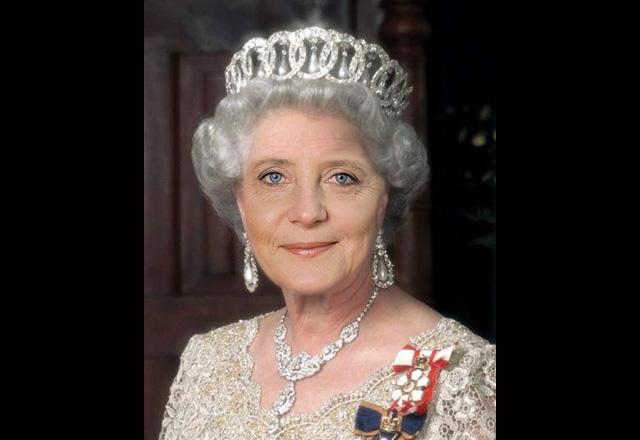 merkel-queen-mum