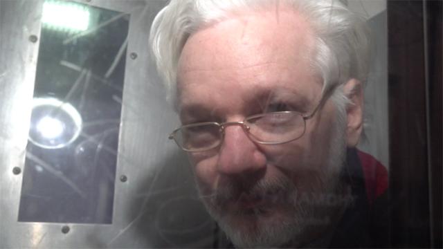 Russischer Videoagentur gelingen exklusive Aufnahmen von Whistleblower Assange (Video)